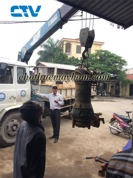 CTV-Cho thuê máy bơm nước  giá rẻ chống ngập úng sau bão số 4